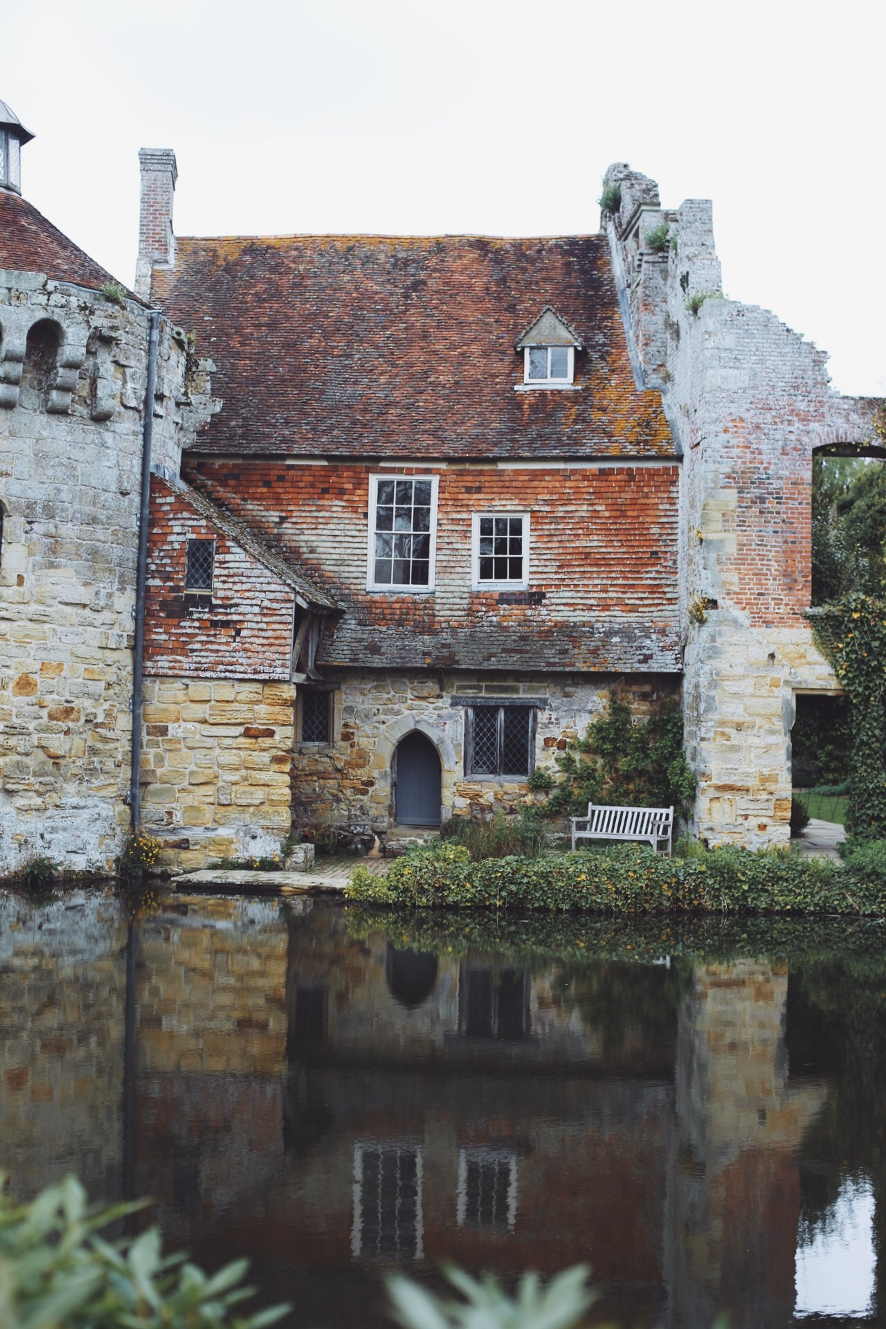 scotney castle beautiful places to visit in kent monalogue