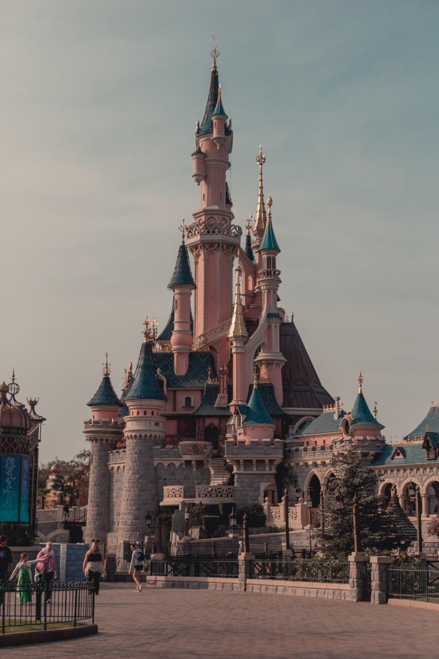 The Castle At Disneyland Paris Monalogue